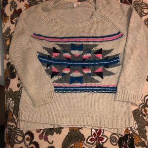 Sweaters - Juniors L cream pullover sweater w/Aztec design